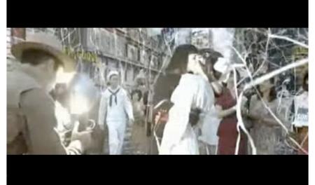 watchmen-silhouette-kiss-lesbian-sailor
